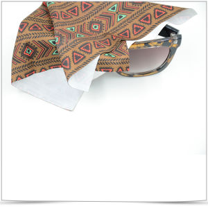 Soft Micro Fiber Eyewear Cleaning Cloth pictures & photos