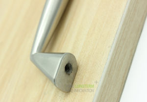 Brushed Satin Nickel Modern Kitchen Cabinet Accessories Cupboard Door Handle pictures & photos