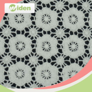 Flower Pattern African Guipure Lace Fabric pictures & photos