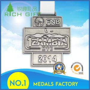 Design Metal Crafts Zinc Alloy Gold Award Metal Sport Medal pictures & photos