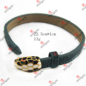 Metal Snake Buckle Snake PU Leather Bracelet Wholesale (LB15112301) pictures & photos