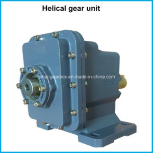 Src02 Motor Two-Staged Speed Reduction Helical Gearbox Reducer pictures & photos