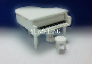 White Wooden Piano Music Box Elegant Musical Box for Chirstmas Gift (LP-31A) a pictures & photos