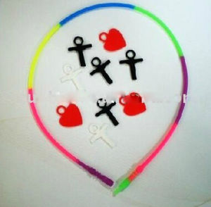 OEM Design Colorful Silicone Sports Necklaces pictures & photos