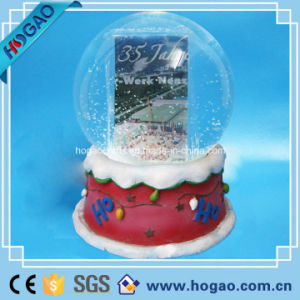 Photo Snow Globe with Photo Insert (HG170) pictures & photos