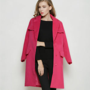 Latest Turn- Down Fashion Red Long Winter Women′s Coat pictures & photos