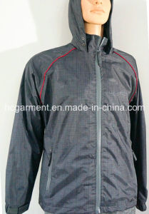 Breathable Sports Wear Customer Waterproof Jacket for Man/Women pictures & photos
