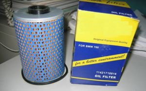 Auto Oil Filter 11421718816 for BMW 700 pictures & photos