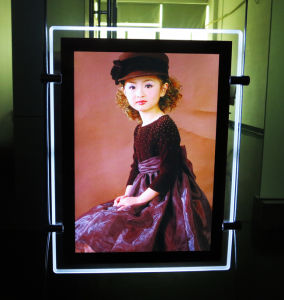 Brightest Super Slim LED Acrylic Light Box for Advertisement pictures & photos