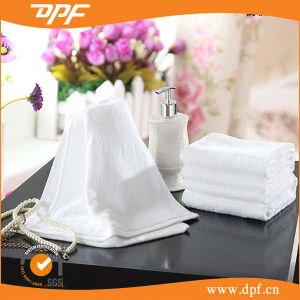 China Wholesale Sport Towel Customized Design Bath Towel (DPF052949) pictures & photos