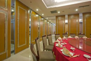 Hotel Soundproofing Operable Partition Wall pictures & photos
