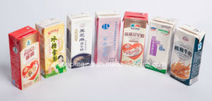 Juice/Milk/Tea/Drinks Packaging Laminated Paper Carton Box pictures & photos