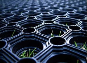 Outdoor Wear-Resistant Grass Rubber Mats pictures & photos
