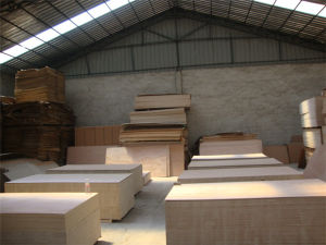 12mm Okoume Face Poplar Core Plywood pictures & photos
