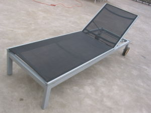 Hot Sale Reclining Beach Chair Textiline Aluminum Sun Lounger pictures & photos