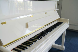 Upright Piano (HU-110W) pictures & photos