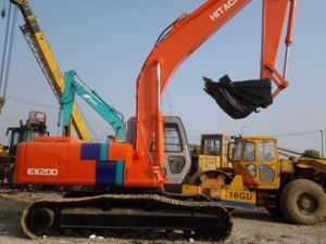 Used Hitachi Crawler Excavator Ex200-2 pictures & photos