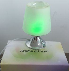 Perfume Aroma Diffuser with Changeable Lighting pictures & photos