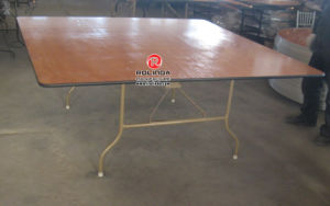 Plywood Banquet Folding Table with Competitve Price on Sale pictures & photos
