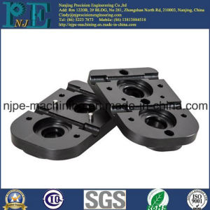 High Precision Custom Injection Moulding Plastic Handguard pictures & photos
