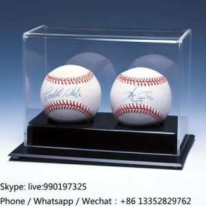 Fashionable Plexiglass Baseball Display Case pictures & photos