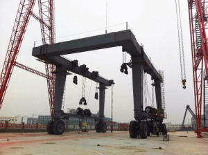 Factory Manufacturing Mobile Boat Hoist Gantry Crane pictures & photos