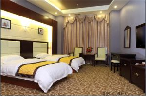 Hotel Bedroom Furniture/Luxury Double Bedroom Furniture/Standard Hotel Double Bedroom Suite/Double Hospitality Guest Room Furniture (CHN-008) pictures & photos