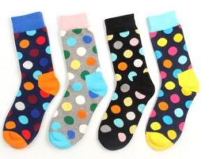 Fashion Dots Knee High Unisex Cotton Sock pictures & photos