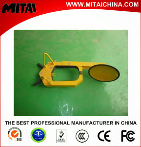 Remarkable Economic 2.5 Thickness Car Tire Clamp (CLS-01C) pictures & photos