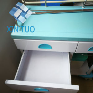 Factory Direct Price Clinic Use Morning Nursing Trolley with Dirt Bucket pictures & photos