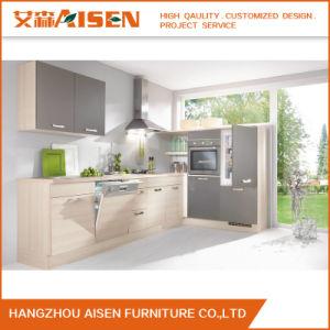 2016 New Design Kitchen Cabinet White Melamine Kitchen Cabinet pictures & photos
