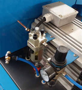 Pneumatic Type Hose Cutting Machine for Rubber/Hose/Pipe pictures & photos
