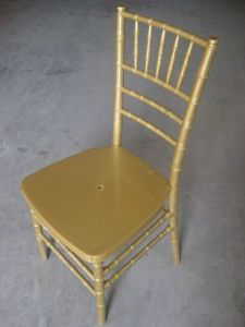 China New Hotel Furniture Elegant Chiavari Chair pictures & photos