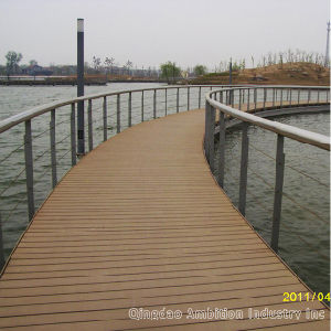 140&30 Holllow WPC Decking with Ce Approved pictures & photos