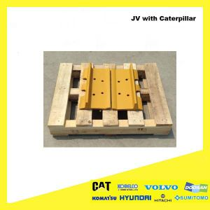 Heavy Equipment Undercarriage Parts Steel Bulldozer Track Shoe for Caterpillar pictures & photos