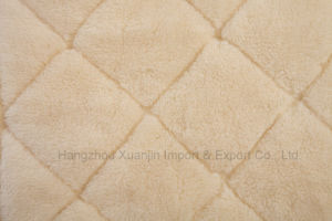 Pure Wool Fleece Reversible Mattress Topper pictures & photos
