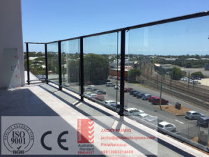 10-12mm Toughened Glass Fence with Holes pictures & photos