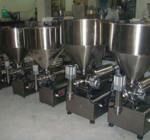 High Quality Chilly Sauce Filling Machine pictures & photos