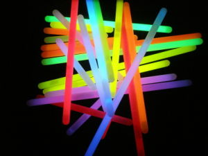6 Inch Glow Sticks (DBT10150) pictures & photos