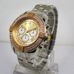 Wholesale Fashion Men′s Stainless Steel Wrist Quartz Watch pictures & photos