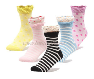 Women′s Socks pictures & photos