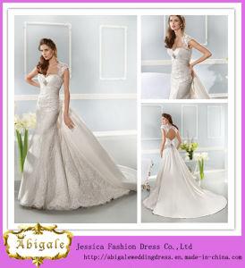 Elegant Fashionable White Full Length Sheath Sweetheart Cap Sleeves Keyhole Back Lace Wedding Dress with Detachable Train (ED10003) pictures & photos
