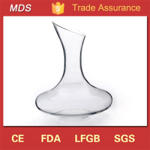 Elegant Customized High White Fancy Glass Decanter Suppliers pictures & photos