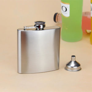 7 Oz Food Grade Stainless Steel Hip Flask pictures & photos