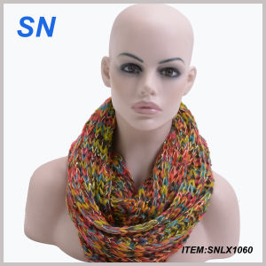 Wholesale Fashion Winter Acrylic Lady Infinity Scarf pictures & photos