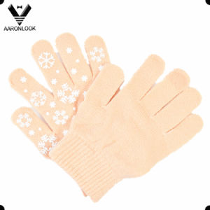 Boys and Girls Christmas Snowflake Kids Glove pictures & photos