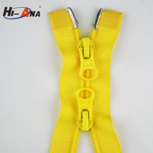High Quality Dry Fit Customization Custom Kinds of Zipper pictures & photos