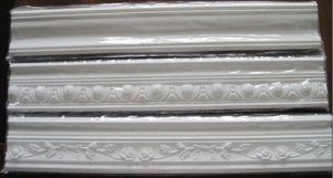 Home Decoration Polyurethane Foam Crown Molding/ PU Cornice pictures & photos