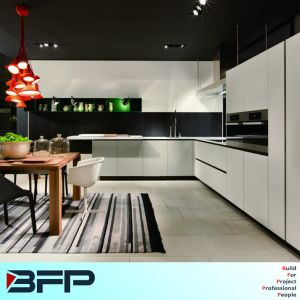 Hot Sale Assemble Luxury 2 PAC Kitchen Cupboard Australia Residence Project pictures & photos