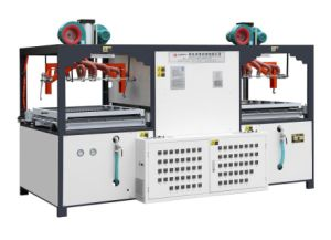 Semi-Automatic Plastic Vacuum Thermoforming Machine for Luggage Shell pictures & photos